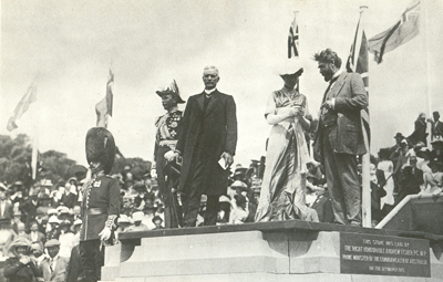 Lady Denman names the city 'Canberra', 1913
